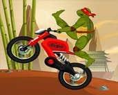 Play Ninja Turtle Stunts