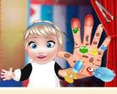 Play Baby Elsa Hand Doctor